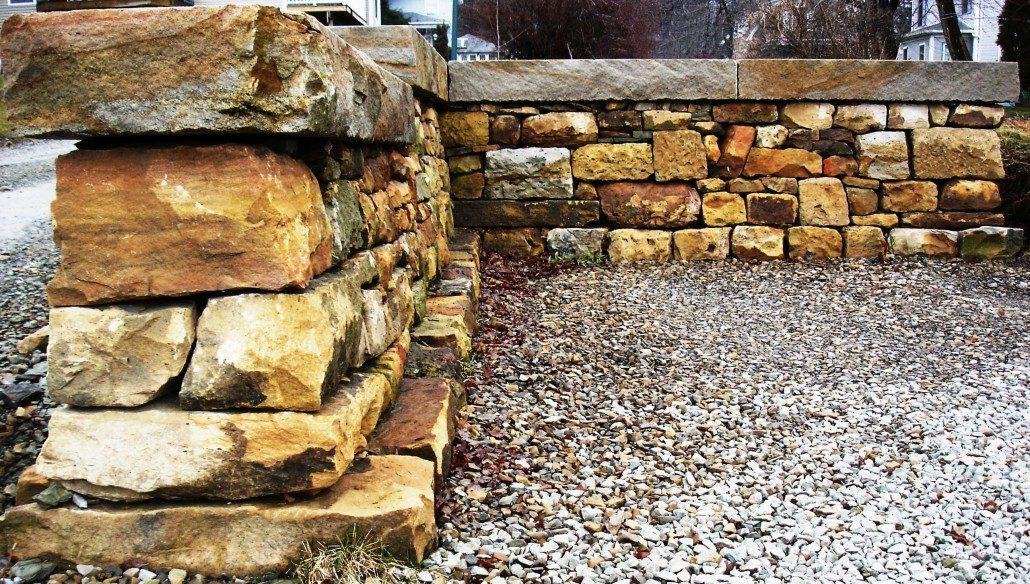 stone fence construction