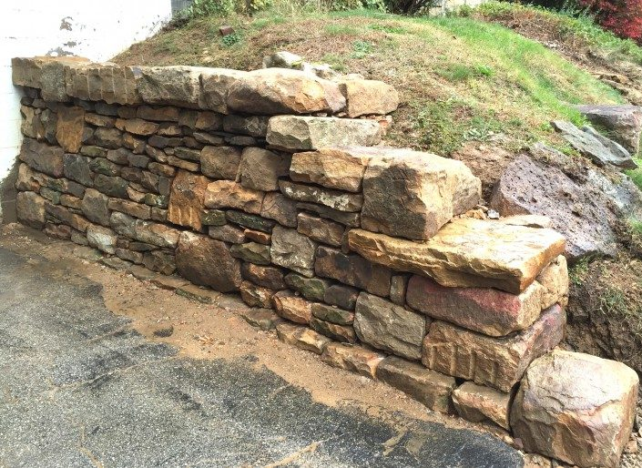 building a dry stone wall
